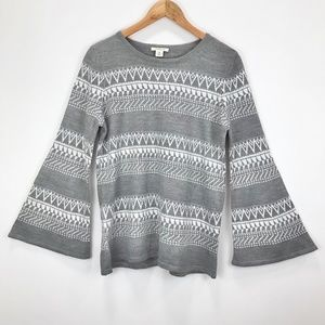Westbound Gray Geometric Bell Sleeve Knit Sweater
